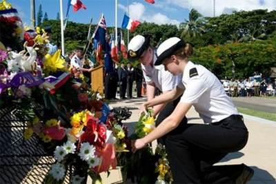 NZ Sea Cadets lay wreath